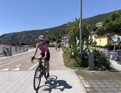 Ciclabile Riviera dei Fiori, rilassarsi pedalando sul mare