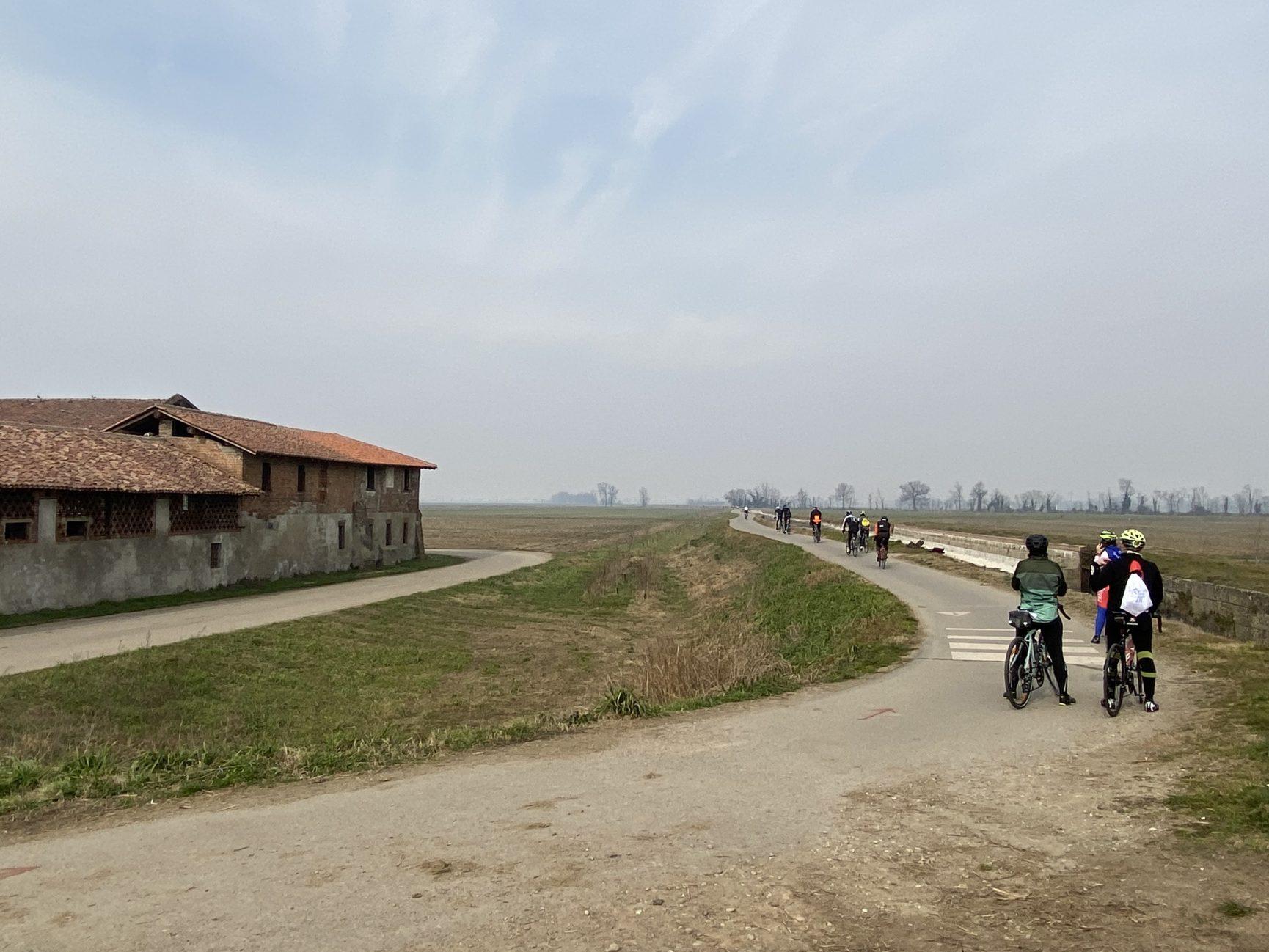 in bici sui Navigli