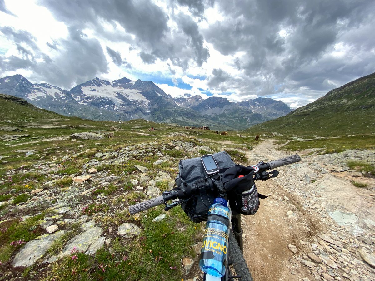 sentiero Forcola Val Minore in bikepacking