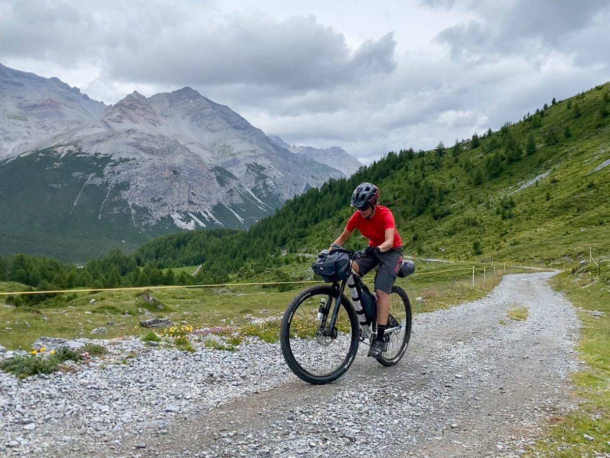 salita passo Alpe Alpisella bikepacking