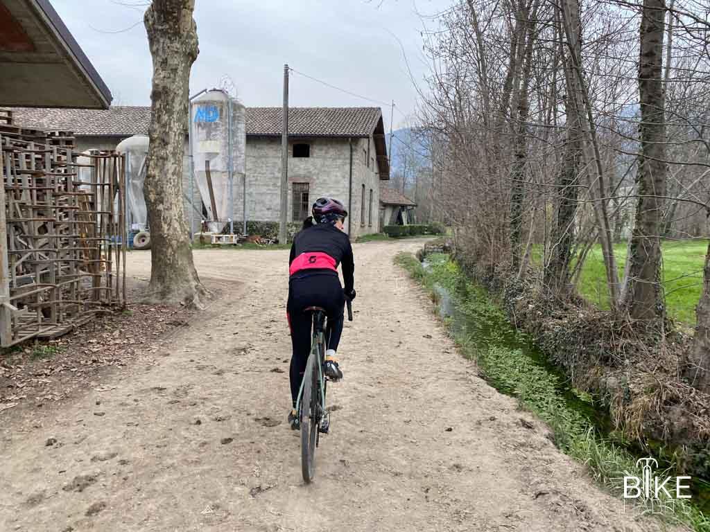 gravel in Brianza tra i laghi di Alserio e Montorfano