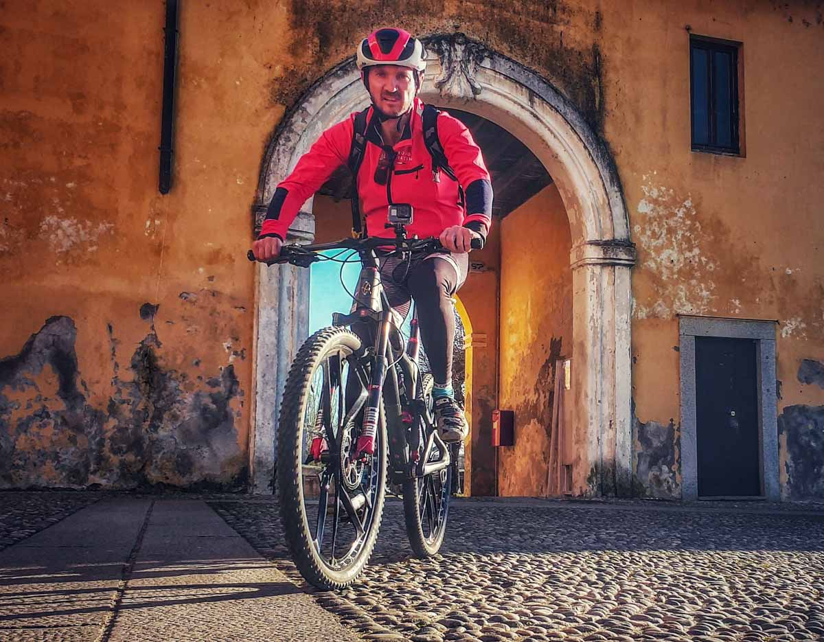 da Robecco sul Naviglio a Morimondo in bici