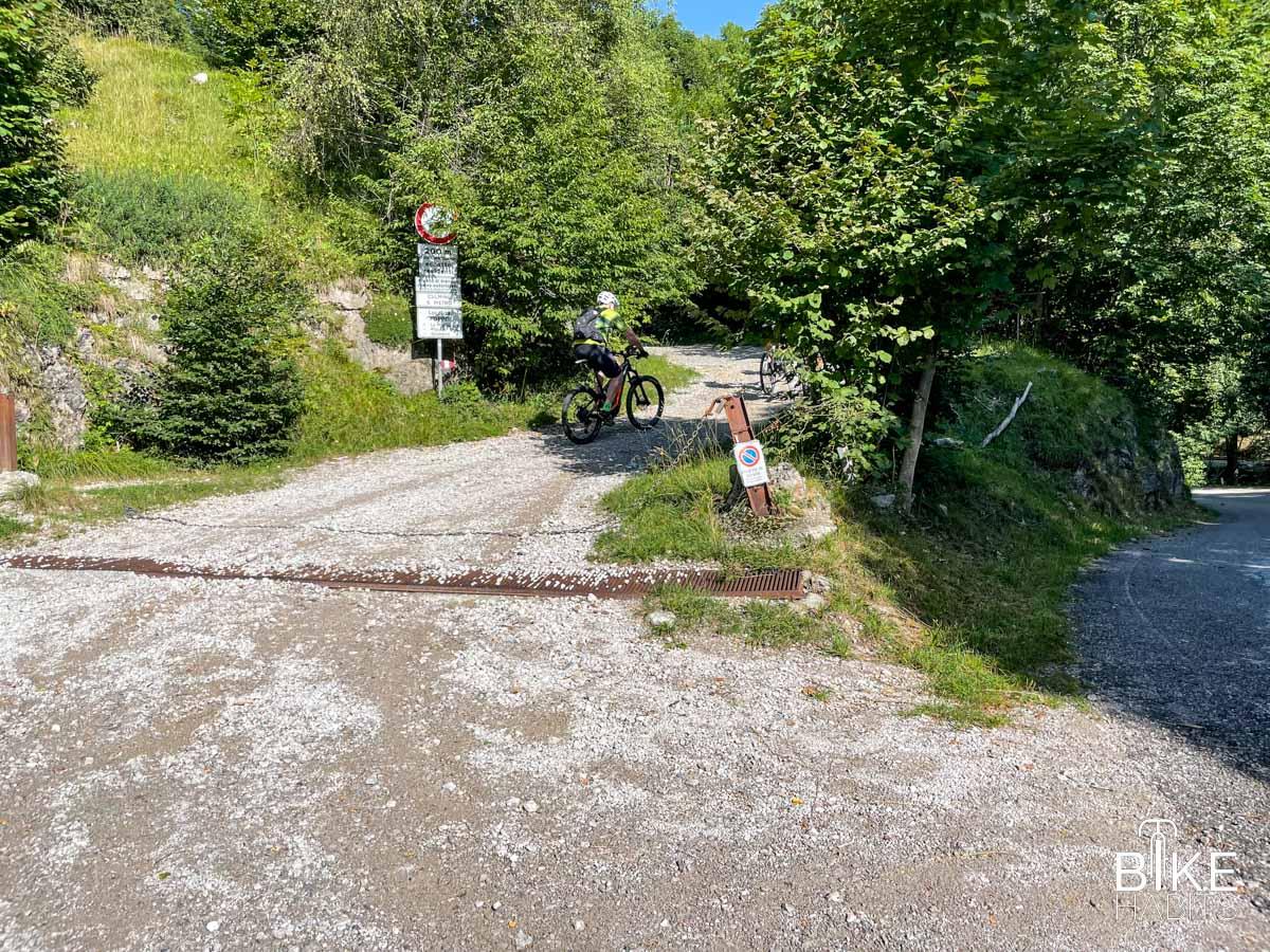 dalla strada per Morterone alla Culmine di San Pietro